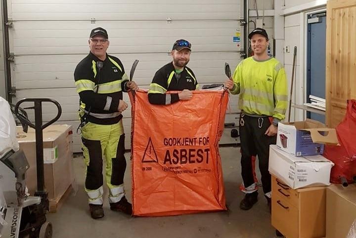 – Ja, vi må oppdra folk for å heve kunnskapen om asbest
